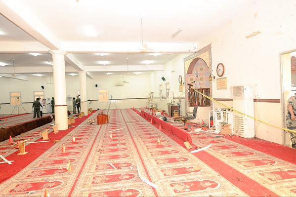 آثار تفجير مسجد الطوارئ 3