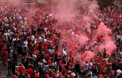 آلاف الجماهير الإنجليزية تصل بازل لدعم ليفربول أمام إشبيلية8