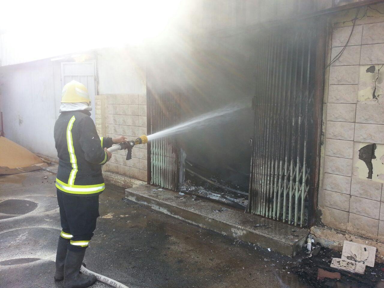 حريق بمستودع حديقة الأندلس بنجران