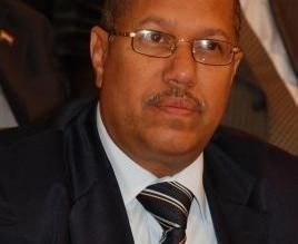 رئيس الوزراء اليمن يصل #المكلا برفقة عدد من الوزراء - المواطن