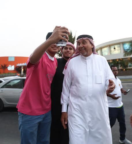 أحمد مسعود يوزع وجبات الإفطار (322547841) 