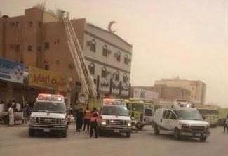 أختناق 10 أشخاص بحريق بمستوصف بحفر الباطن (1)