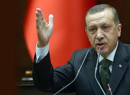 رايات كردية على قافلة أميركية تثير أزمة بين أردوغان وترامب