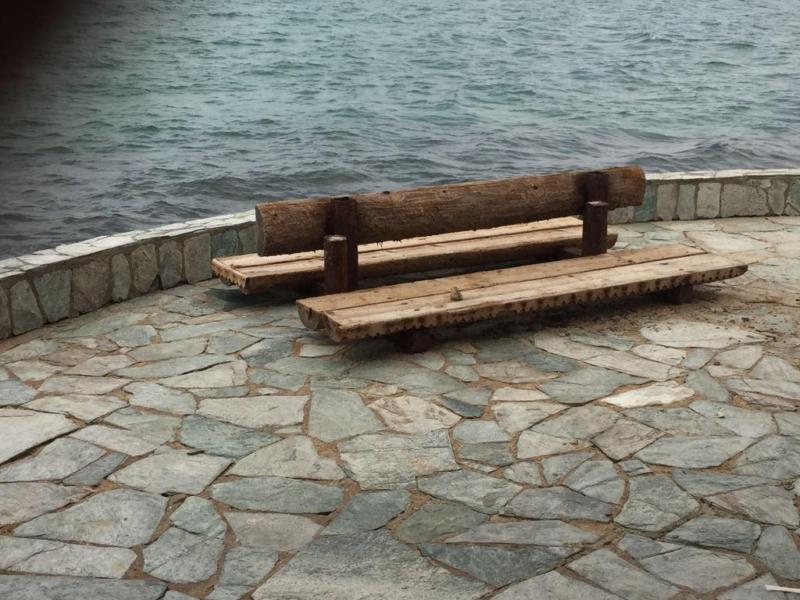 أصحاب قوارب النزهة بمرسى غدير يناشدون وزير السياحة بإنقاذهم من مكتب الساhعة