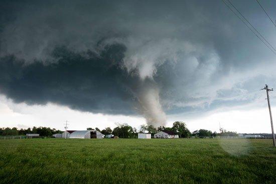 أعاصير تضرب جنوب أوكلاهوما الأمريكية (30376835) 