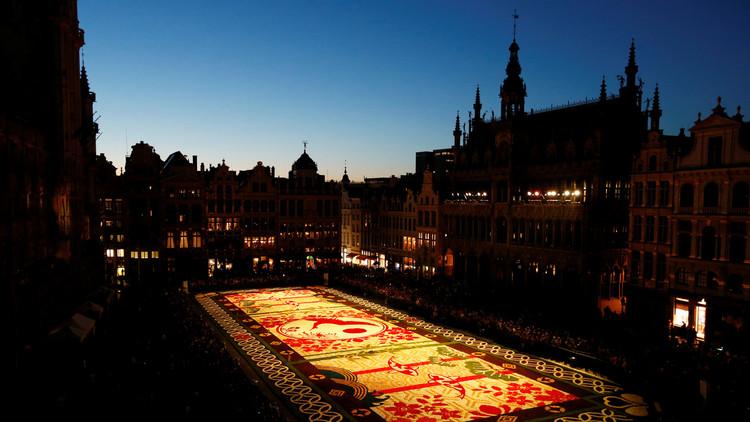 أكبر سجاد الزهور في العالم