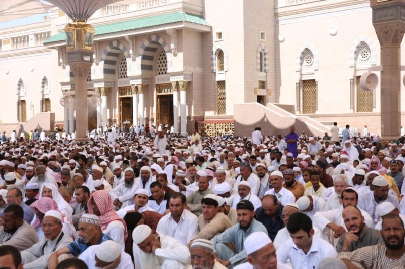 أكثر من نص مليون يودن الصلاة في المسجد النبوي