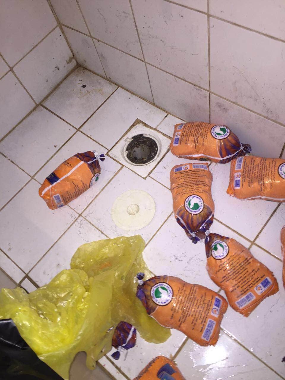 أمانة الجوف تواصل حملاتها وتغلق عدداً من المطاعم بسكاكا (3)