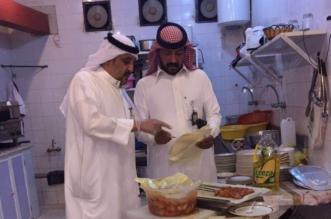 أمانة الجوف تواصل حملاتها وتغلق عدداً من المطاعم بسكاكا (4)