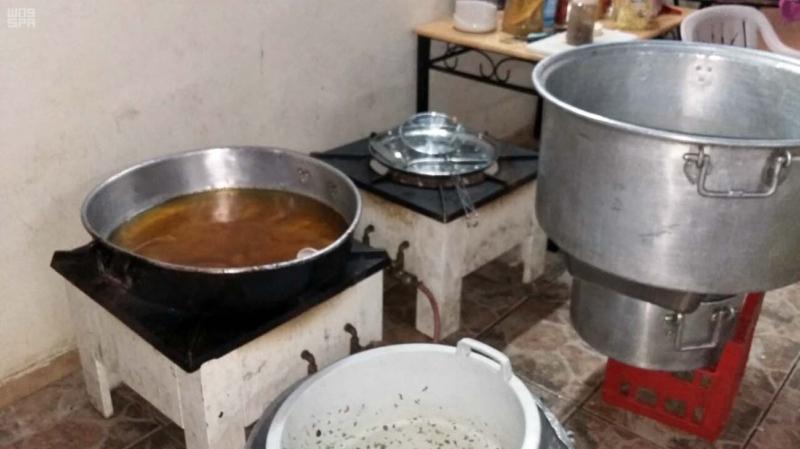 أمانة المدينة المنورة تضبط مزرعة تُحضر فيها وجبات للحجاج بدون اشتراطات صحية ونظامية ر1