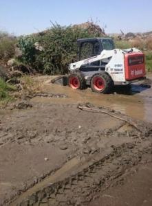 أمانة عسير تسحب 264 طناً من مواقع تجمع المياه1