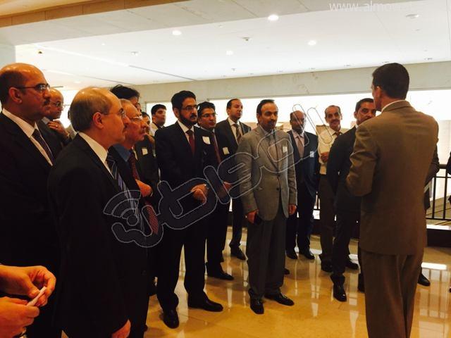 الآن . الوفد الإعلامي السعودي المرافق لخادم الحرمين الشريفين خلال زيارته لواشنطن يقوم بجولة في مبنى الكونجرس