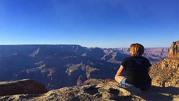 أمريكية تنشر صورة فوتوغرافية لها قبل موتها بثوان