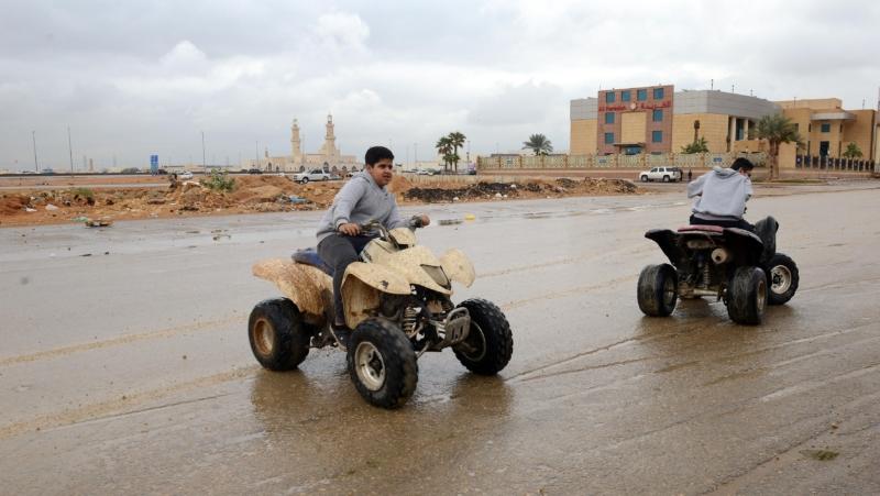 أمطار الرياض (91768595) 
