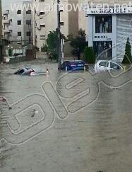 أمطار غزيرة تُعلق الدراسة وتوقف السير بالعاصمة الأردنية (4)