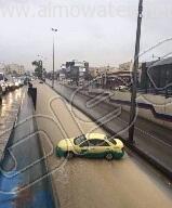 أمطار غزيرة تُعلق الدراسة وتوقف السير بالعاصمة الأردنية (9)