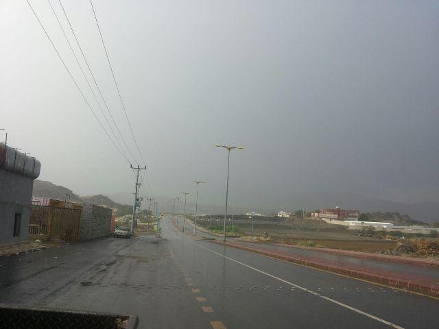 أمطار غزيرة على #أضم ومراكزها (1)