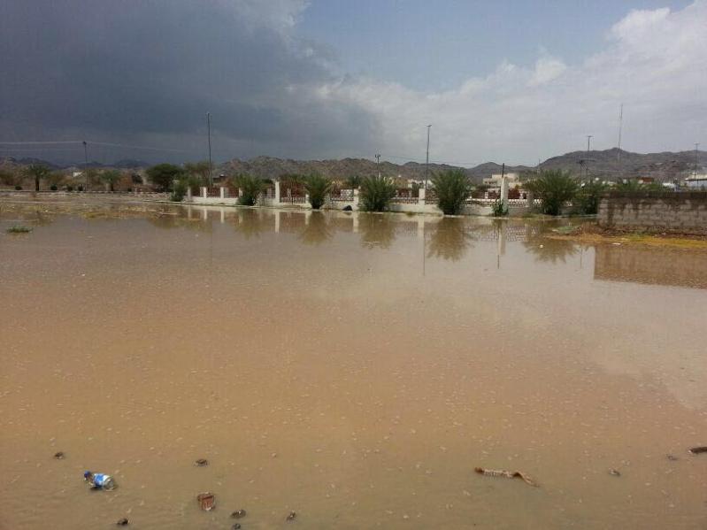 أمطار غزيرة على القرى ومحافظات المدينة المنورة 7