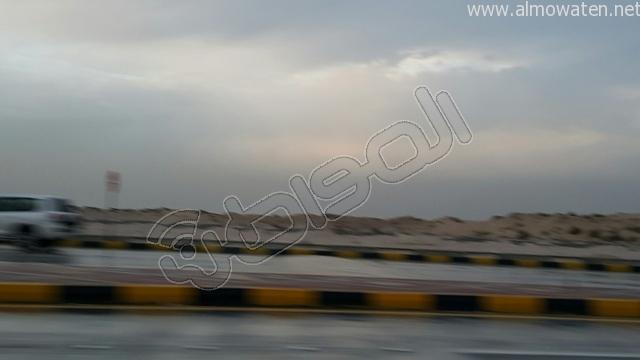 أمطار متوسطة على #الخفجي (2)