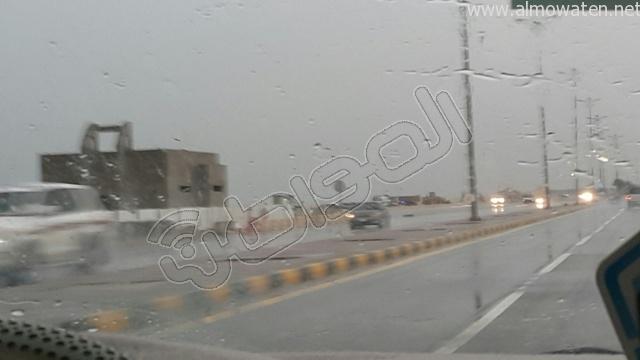 أمطار متوسطة على #الخفجي (3)