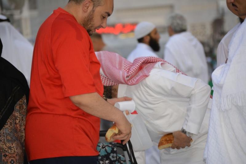 أمن وأمان وعبادة ودعاء في رحاب المسجد الحرام (866825829) 