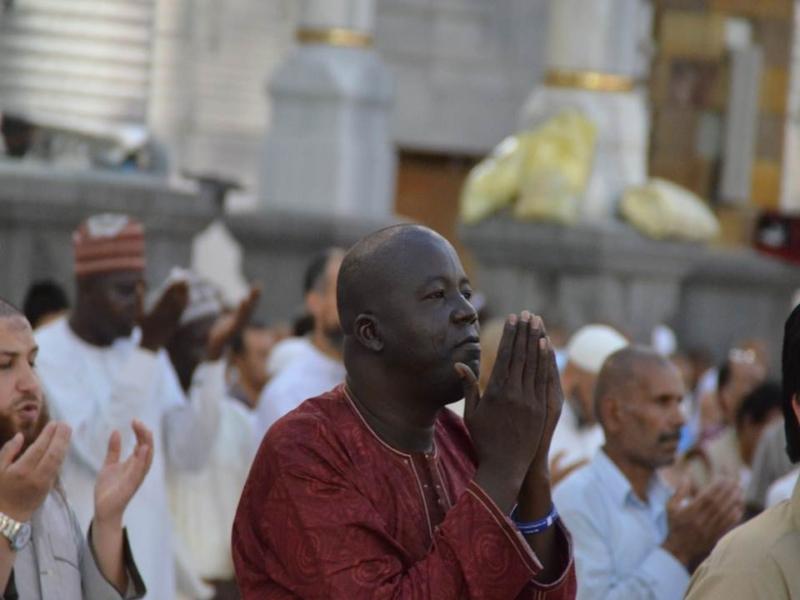 أمن وأمان وعبادة ودعاء في رحاب المسجد الحرام (866825838) 