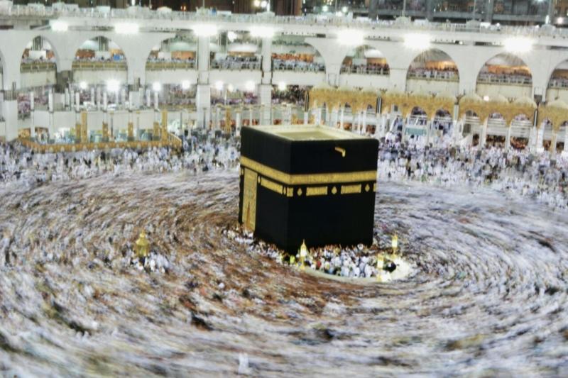 أمن وأمان وعبادة ودعاء في رحاب المسجد الحرام (866825840) 