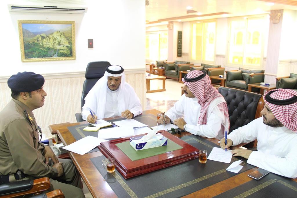 أمير الباحة لا تجعلوا التقلبات الجوية البسيطة مدعاة لتعليق الدراسة (2)