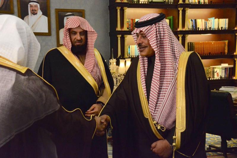 أمير الباحة يستقبل الرئيس العام لهيئة الأمر بالمعروف والنهي عن المنكر2