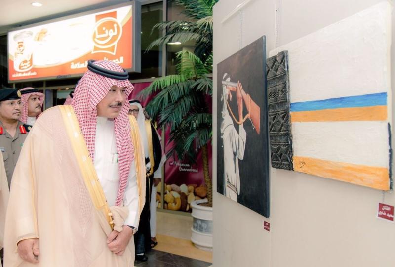 أمير الباحة يفتتح معرض الفنون البصريّة في مطار الملك سعود (3)