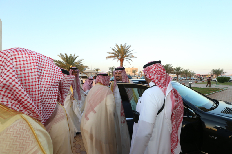 أمير الجوف يتقدم المصلين في صلاة عيد الفطر المبارك (371266739) 