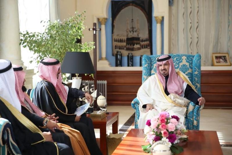 أمير الجوف يستقبل أعضاء المجلس البلدي1
