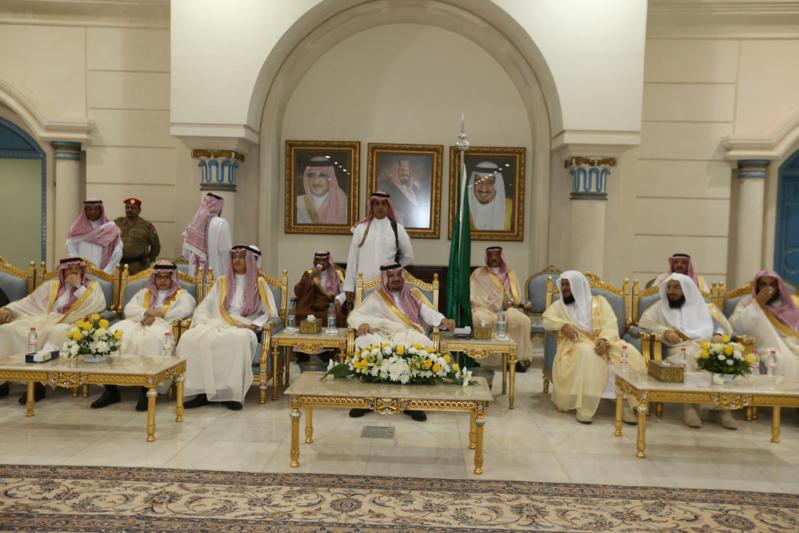 أمير الجوف يستقبل المواطنين والمسؤولين (344809244) 