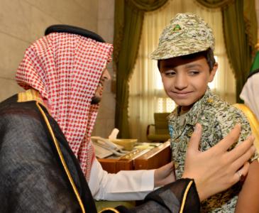أمير الرياض لأيتام إنسان خدمتكم من أحب الأعمال إليّ (1) 