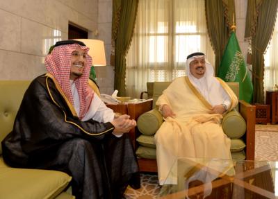 أمير الرياض لأيتام إنسان خدمتكم من أحب الأعمال إليّ (166875877) 