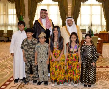 أمير الرياض لأيتام إنسان خدمتكم من أحب الأعمال إليّ (166875878) 