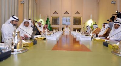 أمير الرياض لأيتام إنسان خدمتكم من أحب الأعمال إليّ (166875884) 