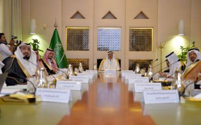 أمير الرياض لأيتام إنسان خدمتكم من أحب الأعمال إليّ (166875885) 