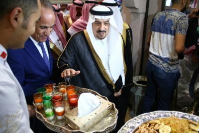 أمير #الرياض يدشن المعرض التجاري الـ15 للدول الإسلامية بمشاركة 29 دولة (13)