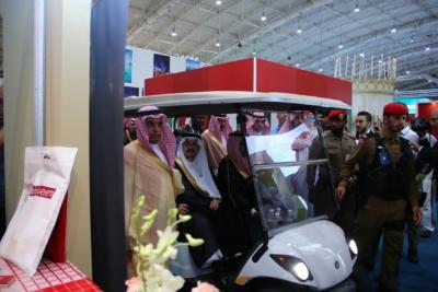 أمير #الرياض يدشن المعرض التجاري الـ15 للدول الإسلامية بمشاركة 29 دولة (9)