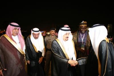أمير #الرياض يدشن المعرض التجاري (19) - Copy