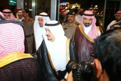 أمير #الرياض يدشن المعرض التجاري (21)