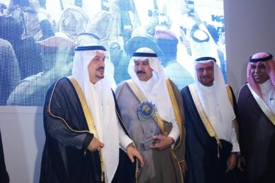 أمير #الرياض يدشن المعرض التجاري (37)