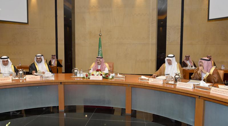 أمير الرياض يرأس اجتماع الهيئة العليا لتطوير مدينة الرياض (175259928) 