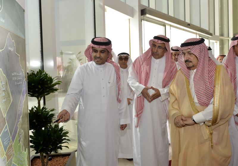 أمير الرياض يزور امانه منطقة الرياض (115948757) 