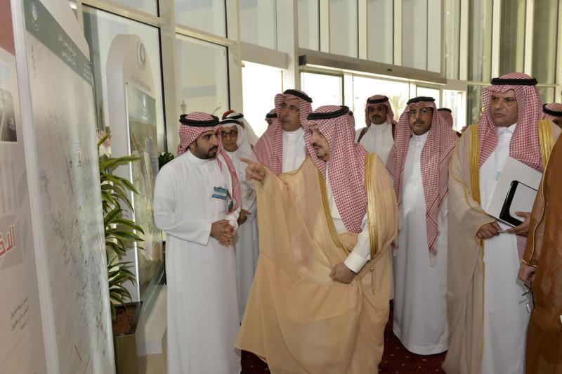 أمير الرياض يزور امانه منطقة الرياض (115948758) 