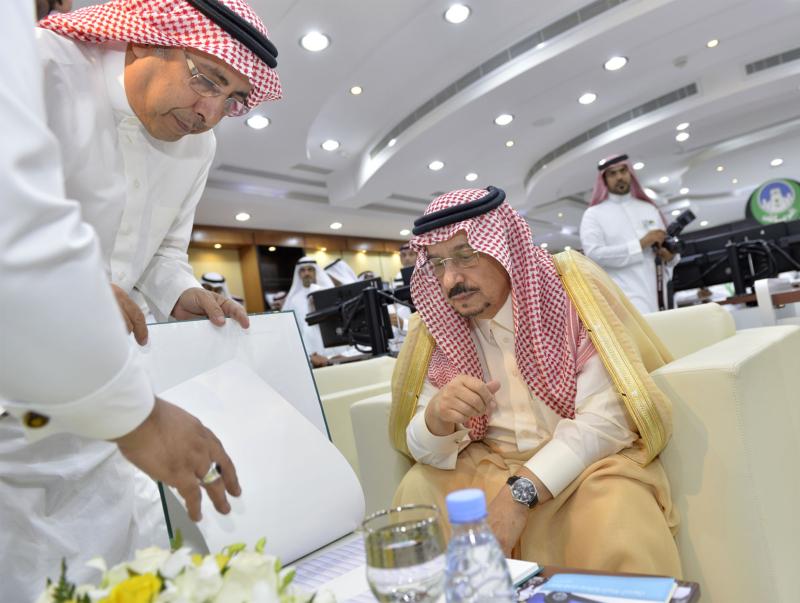 أمير الرياض يزور امانه منطقة الرياض (115948768) 
