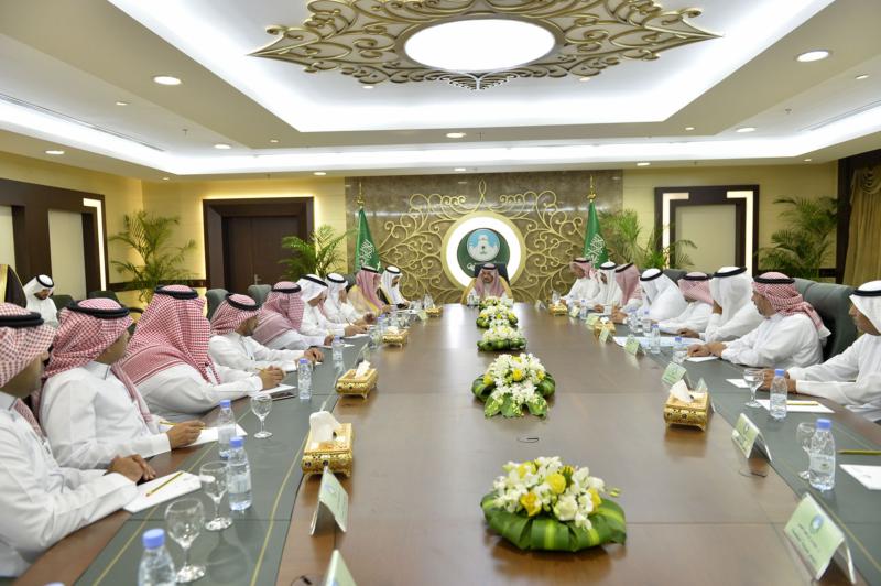 أمير الرياض يزور امانه منطقة الرياض (115948781) 