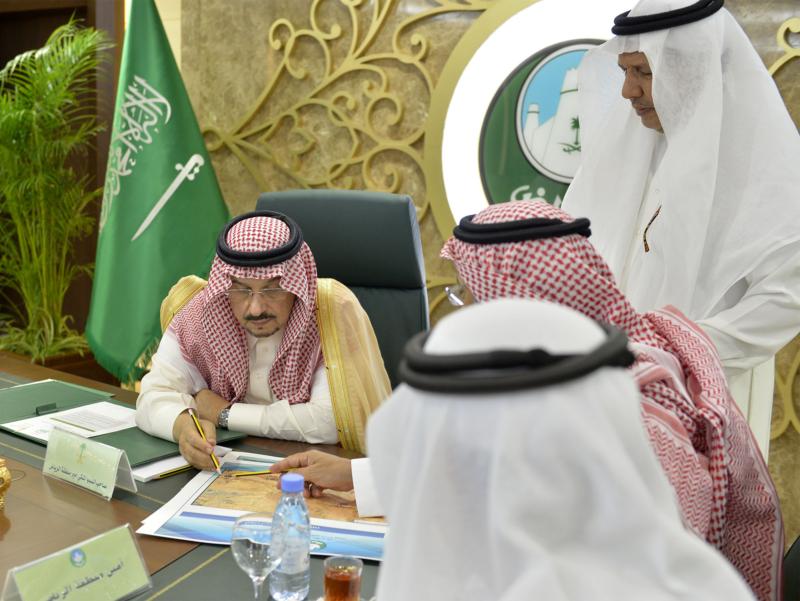 أمير الرياض يزور امانه منطقة الرياض (115948782) 