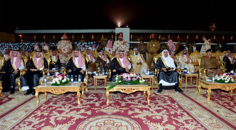 أمير الرياض  يشارك في احتفالات العيد   (371967821) 